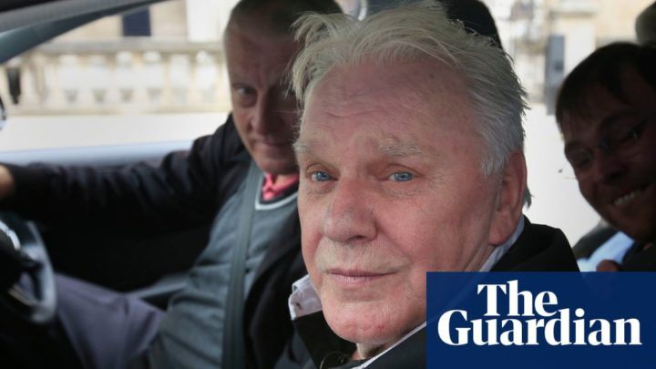 Freddie Starr: comedian found dead at home in Spain aged 76