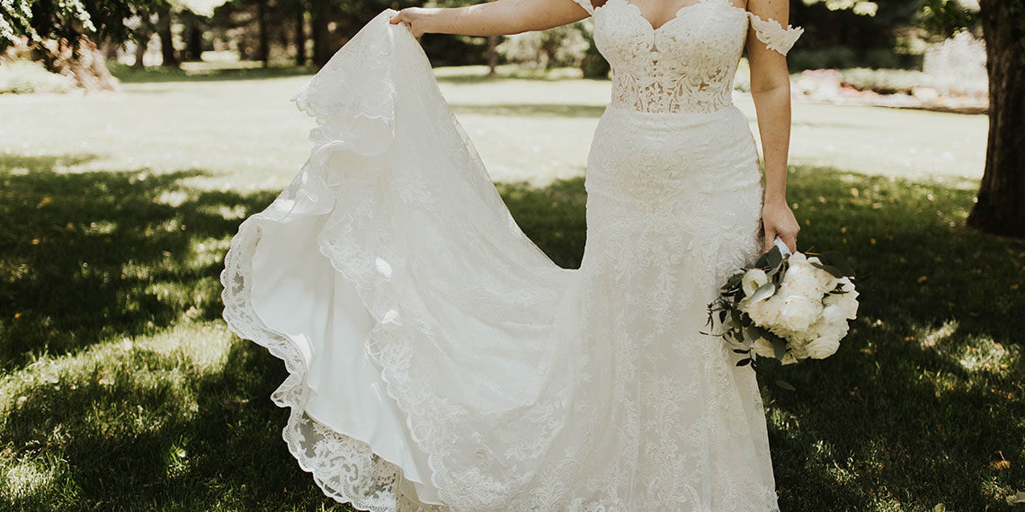 The Biggest Wedding Dress Trends You'll See Next Year, According To An Expert | Betches