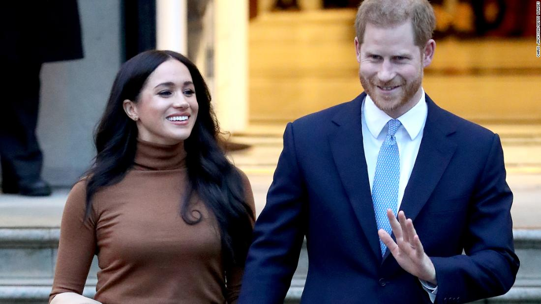 Prince Harry pleaded with Thomas Markle not to talk to press in lead up to wedding, court documents reveal