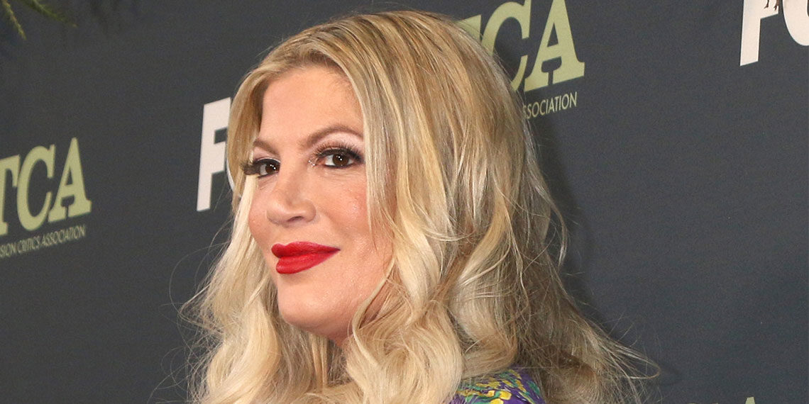 Tori Spelling Is Getting Trolled For Her Virtual Meet-And-Greet   Betches